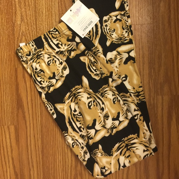 LuLaRoe Pants - LuLaRoe Tiger Leggings (one size-elastic waist)