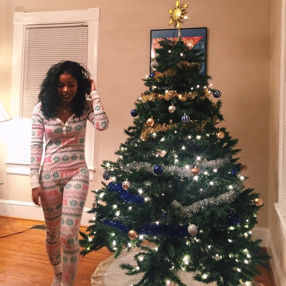 5f3e009a662b7 Victoria secret holiday onesie