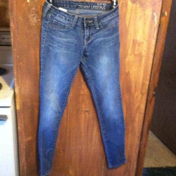 b7ea1162b0782 Bullhead Pants | Bull Head Blue Jeans Size 1 The 55 Denim Leggings ...
