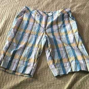 Pants - Plaid shorts/golf shorts