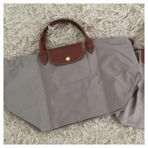 SOLD! Brand new Longchamp Le Pliage