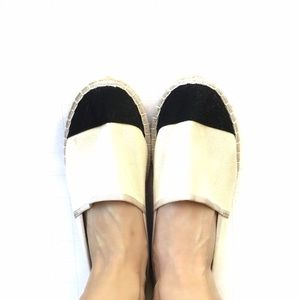 J Crew Navy & Cream Canvas Espadrilles Flats Sz 8
