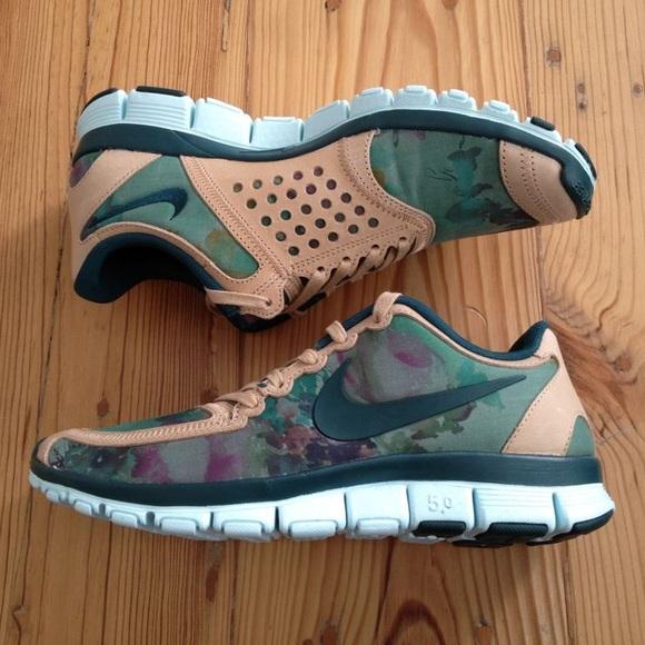c10ad4df103 Nike X Liberty London 5.0 Denise Eva RARE