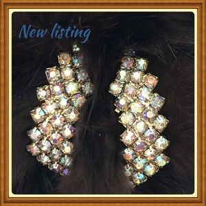 Jewelry - Clip on earrings/ ear climbers/ shoe clips 👠