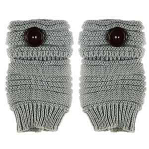 Accessories - NEW Fingerless Cable Knit Gloves in Light Grey