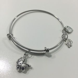 Jewelry - Mother to Be Charm Bracelet