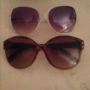 Accessories - 2 pairs of sunglasses. Buy 1 get 1.