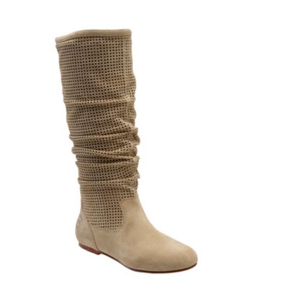 839df1ae0fa Ugg Abilene boots