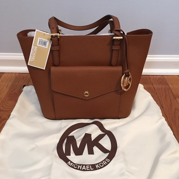 8c3bac2bd MICHAEL Michael Kors Bags | Michael Kors Jet Set Medium Pocket Tote ...