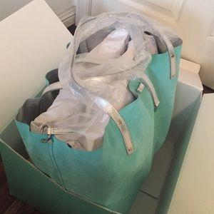 f4664379ce70e Tiffany   Co. Bags - ❌ SOLD ON TRADESY ❌ TIFFANY   CO. TOTE