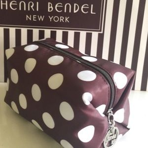 henri bendel Handbags - NEW Henri Bendel Dop Bag