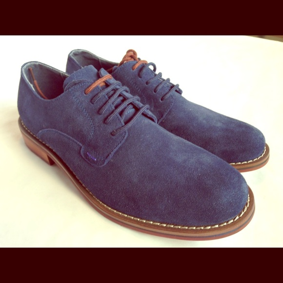389d598ddb6 MENS Steve Madden suede shoes
