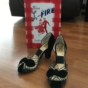 New Miss L Fire d'orsay suede pump vintage style