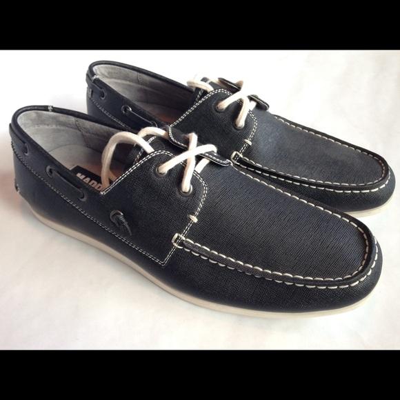 676c4230c68 MENS Steve Madden navy blue boat shoes