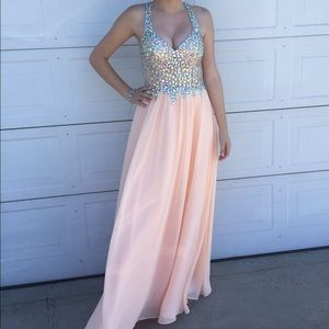Beautiful peach prom dress!