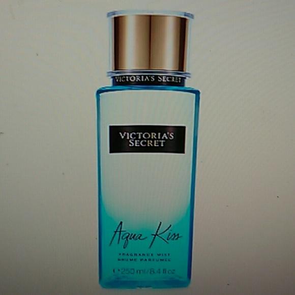385e3f98df37e Aqua kiss fragrance mist victoria secret 8.4 ounce