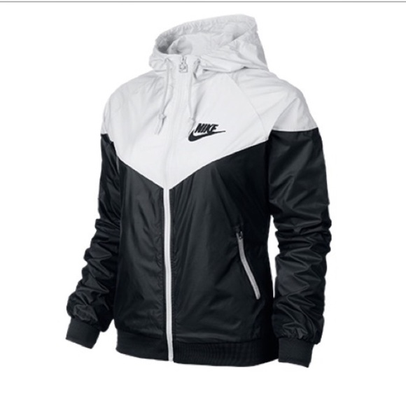 baefdf5d1740 ISO Nike windbreaker black and white. M 56a021a3620ff7b24a000db2