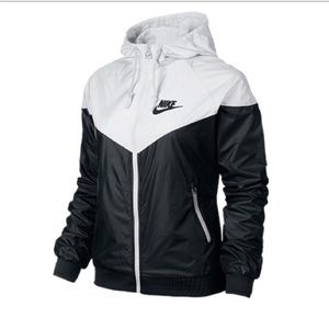 bc97da1c536b Nike Jackets   Coats - ISO Nike windbreaker black and white