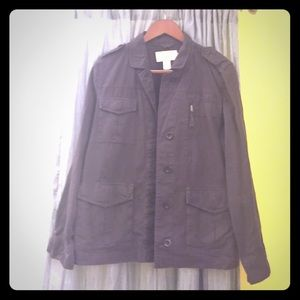 Dark army green jacket with multiple pockets