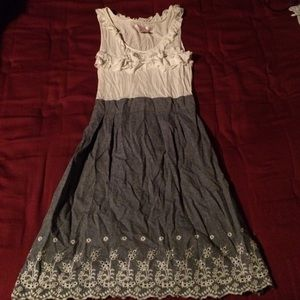 Wet Seal Dresses & Skirts - White and gray dress