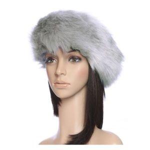 Accessories - LAST ONE • Faux fur gray headband •