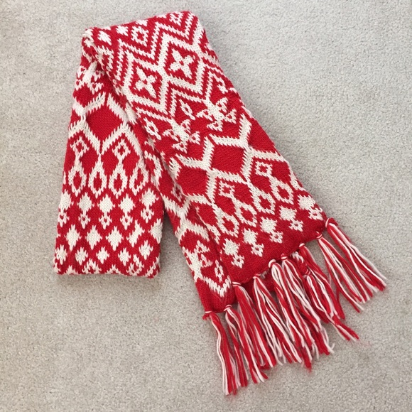 70% off Old Navy Accessories - Old Navy red/white fair isle knit ...