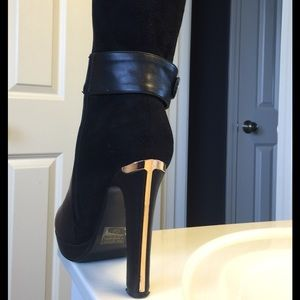 dfbba48630f Amitie Clothing Shoes - Perfect condition size 7 1/2 leather/suede boots!