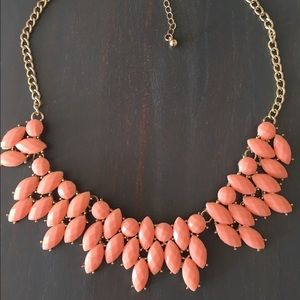 ✨Coral Pink Statement Necklace✨