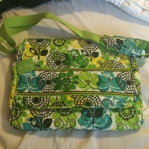 Vera Bradley cross body laptop bag in Limes up