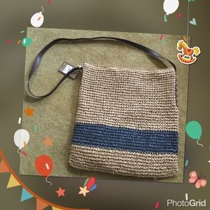 Bass Handbags - Khaki and navy blue straw tote
