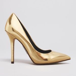  HP  Metallic Gold Pumps