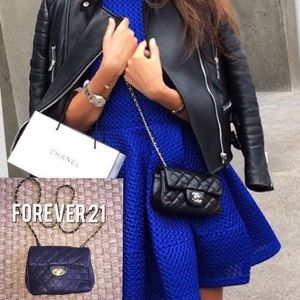 Forever 21 Handbags - Forever 21 Small Black Quilted Cross Body Purse