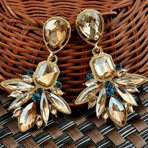 Jewelry - B2G1🆓️ Statement Jewel Earrings