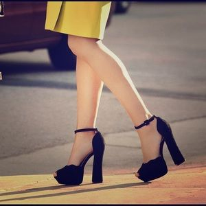 ShoeMint Black Platform Strap-on Heels