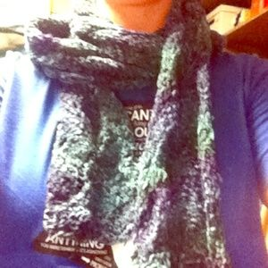 handmade by me Accessories - Green and blue tone knit scarf