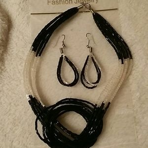 Jewelry - BLACK & WHITE NECKLACE & EARRINGS SET