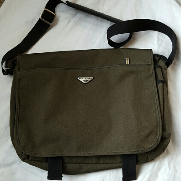 Dockers Handbags - Dockers messenger   laptop bag, green 4a0ceae284