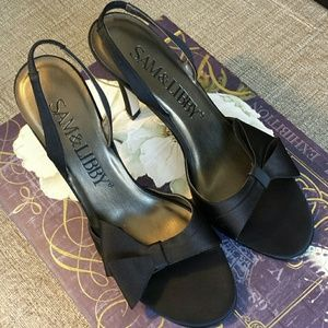 Sam & Libby Shoes - 🔥SATIN W/BOW OPEN TOE HEELS🔥