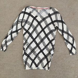 Banana Republic graphic sweater