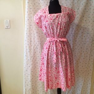 Vintage Pink Daisy House Dress