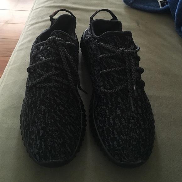 Adidas zapatos Negro Pirata Yeezy aumentar tamaño 5 poshmark 350