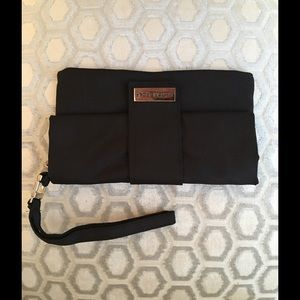 VIKTOR & ROLF Handbags - 🛍 Viktor & Rolf Black Cosmetic Bag