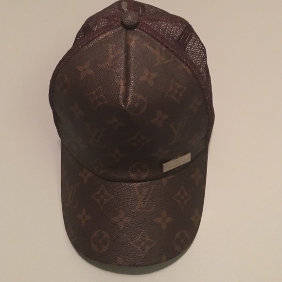 Louis Vuitton Accessories - Louis Vuitton trucker hat ebb441d3e50
