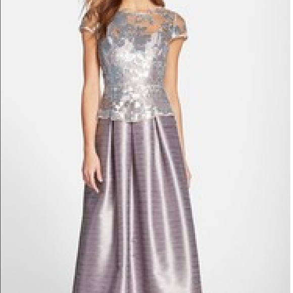 32847c1f8be Adrianna Papell Cap Sleeve Sequin Gown
