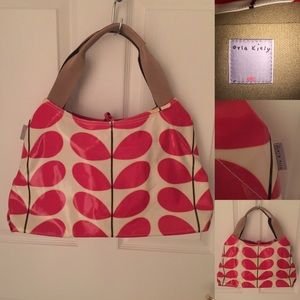 Orla Keily Handbags - REDUCTION!  Orla Kiely Classic Multi Stem NWOT