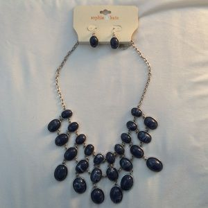 Sophia & Kate statement necklace and earring set