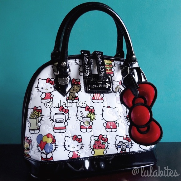 28a0fe1b71a1 Hello Kitty Foodie Handbag