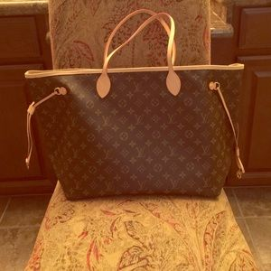 Authentic Neverfull Louis Vuitton GM