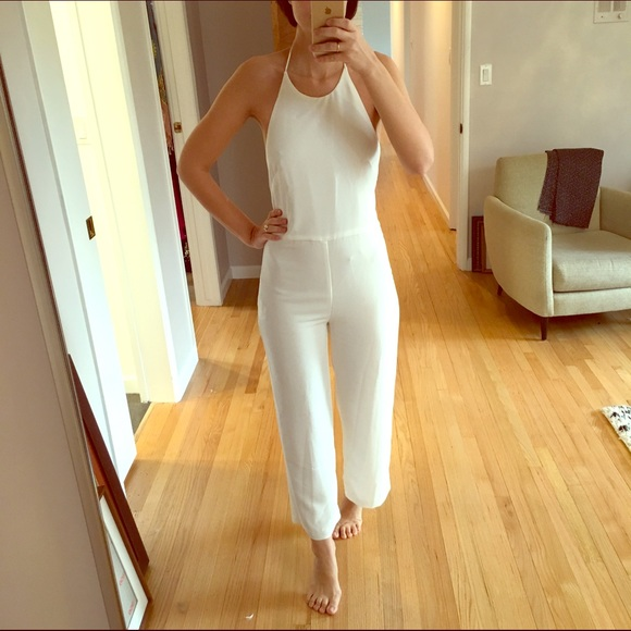 76592122ff Zara White Backless Halter Jumpsuit - Small. M 56a3eee8713fdea08c009426