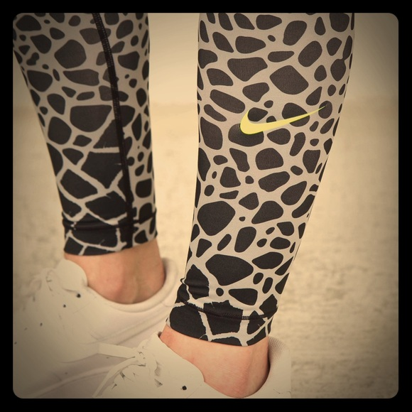 96f33d343ef48 Nike Pants | Nwt Pro Compression Giraffe Leggings | Poshmark